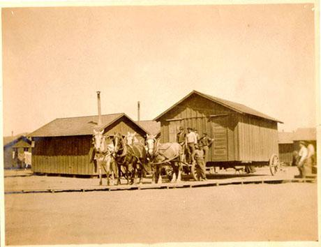 "A San Francisco ""Earthquake Cottage"" being carted off to its new home (San Francisco History Center, San Francisco Public Library)."