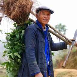 Farmer of the Hani minority near his village of Puduo, Yuanyang county